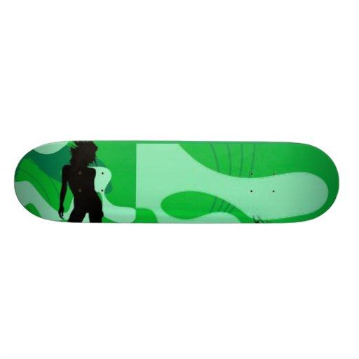 Monopatín verde de la silueta