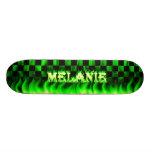 Monopatín verde de Skatersollie del fuego de Melan