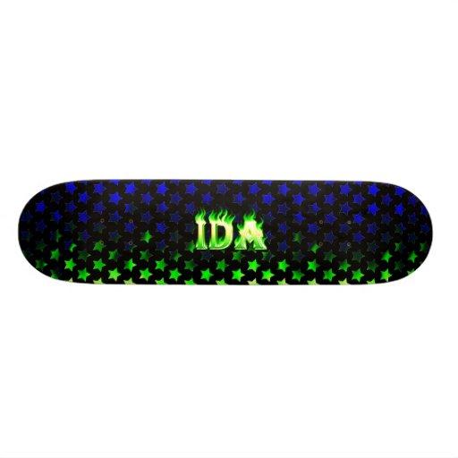 Monopatín verde de Skatersollie del fuego del Ida