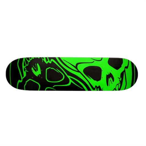 Monopatín verde y negro del cráneo de Yin Yang Skateboard