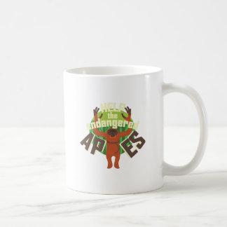 Monos en peligro taza