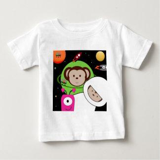 Monos en planeta de los extranjeros de espacio camisetas