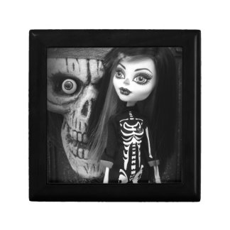 Monster High Halloween Skeleton Doll Jewelry Box