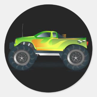 Monster truck Fresco y colorido modificados coja Etiquetas Redondas