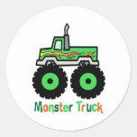 Monster truck verde pegatina redonda