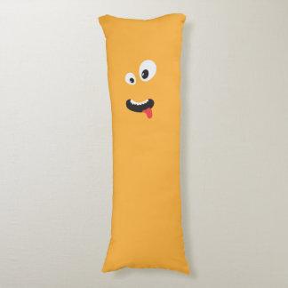 Monstruo anaranjado lindo cojin cama