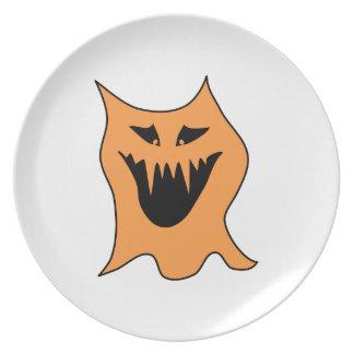 Monstruo anaranjado plato