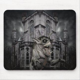 Monstruo asustadizo del demonio del horror de Hall Alfombrillas De Raton