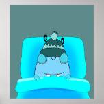 Monstruo azul en dormir de la cama posters
