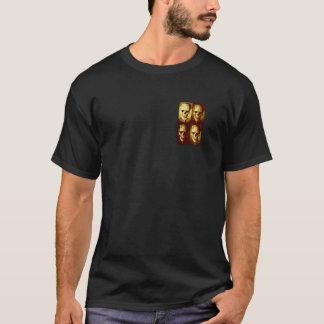 Monstruo clásico en una diversa camiseta del negro