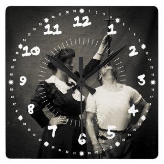 Monstruo de Swallower de la espada del acto secund Reloj Cuadrado