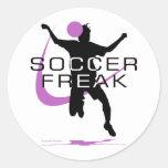 Monstruo del fútbol - chicas - rosa pegatina redonda