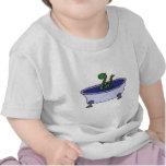 Monstruo divertido de Loch Ness en bañera Camiseta