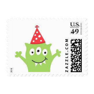 Monstruo divertido, verde con el gorra del fiesta estampilla