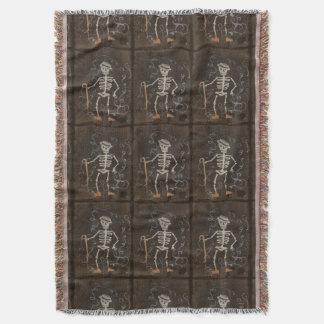 Monstruo gótico fantasmagórico esquelético antiguo manta