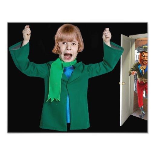 Monstruo imaginario en el armario cojinete