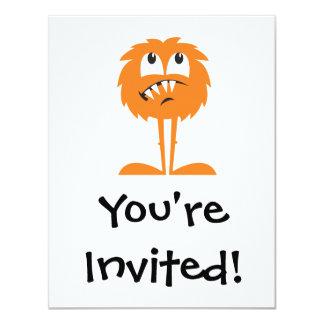 """monstruo peludo anaranjado divertido invitación 4.25"""" x 5.5"""""""