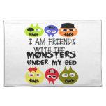 Monstruos debajo de la cama mantel individual