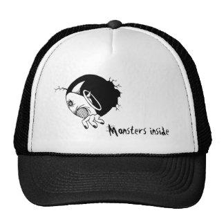Monstruos dentro gorra