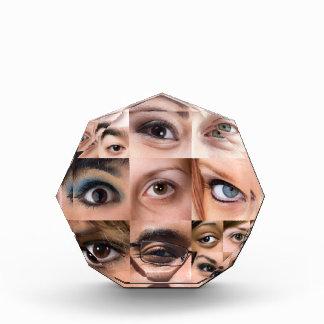 Montaje de los ojos humanos