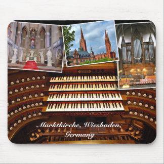 Montaje del órgano, Wiesbaden, Alemania Tapete De Raton