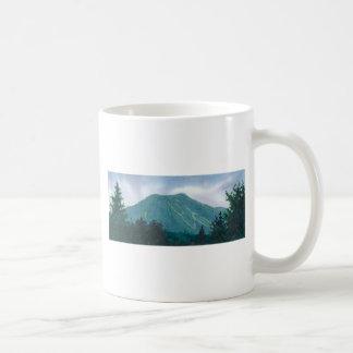 Montaña Burke del este Vermont de Burke Taza Básica Blanca