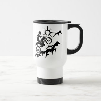 Montaña de la bici de la suciedad tazas de café