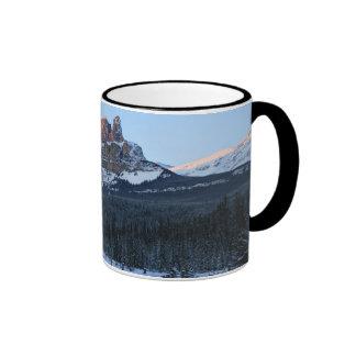 Montaña de la fortaleza taza de dos colores