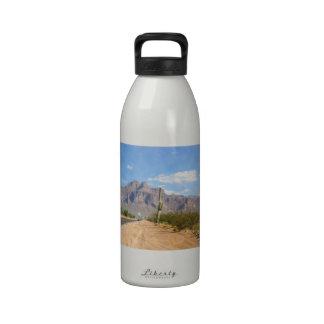 Montaña de la superstición - panorámica botella de beber
