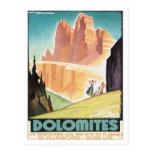 Montaña de las dolomías del vintage postal