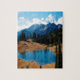 Montaña de las naturalezas de la orilla del lago d puzzle