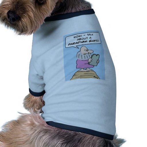 montaña del cambio del paradigma de los mandamient camiseta con mangas para perro