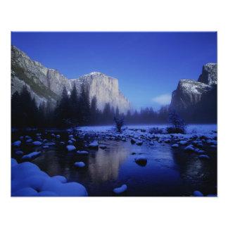 Montaña del EL Capitan, parque nacional de Yosemit Cojinete