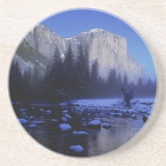 Montaña del EL Capitan, parque nacional de Yosemit Posavasos Cerveza