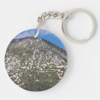 Montaña del sur de la cascada del lago Tahoe Llavero Redondo Acrílico A Doble Cara