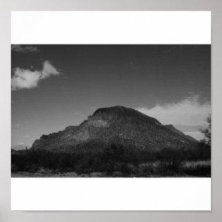 Montaña en blanco y negro impresiones