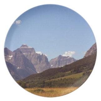 Montana Fields & Mountains Decorative Plate