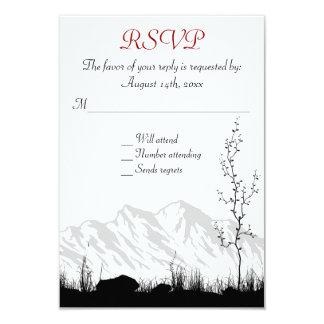 Montaña hermosa de la silueta que casa las invitación 8,9 x 12,7 cm