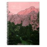 Montaña rosada cuadernos