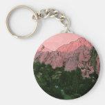 Montaña rosada llavero personalizado