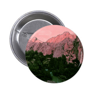 Montaña rosada pin redondo de 2 pulgadas