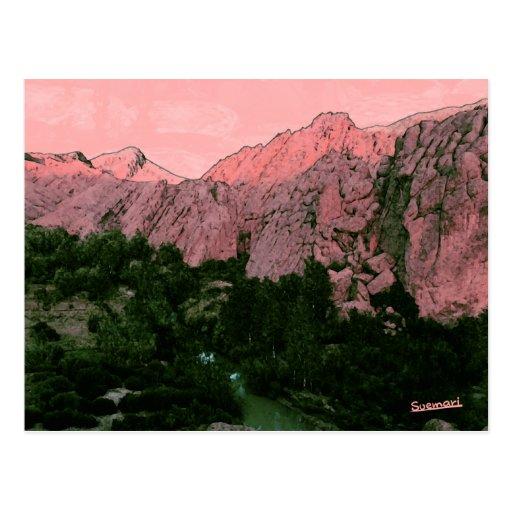 Montaña rosada tarjeta postal
