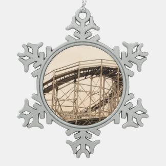 Montaña rusa de Coney Island Adorno De Peltre En Forma De Copo De Nieve