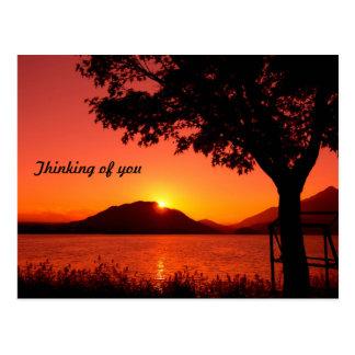 Montaña tranquila del lago sunset de la caída herm postal