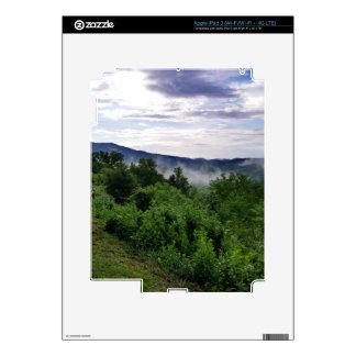 Montañas ahumadas en Great Smoky Mountains iPad 3 Pegatina Skin