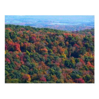 Montañas apalaches en postal de la caída