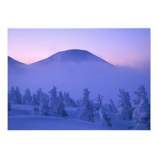 Montañas capsuladas nieve invitacion personalizada