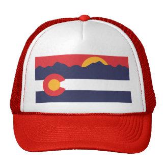Montañas de Colorado y gorra de la bandera