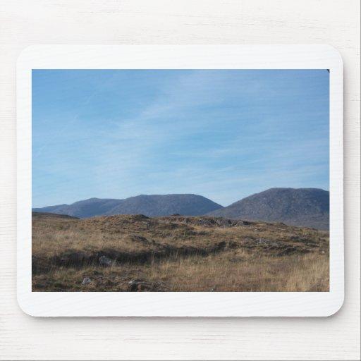 Montañas de Connemara Alfombrillas De Ratón