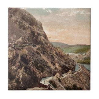 Montañas de la central eléctrica del vintage azulejo cuadrado pequeño